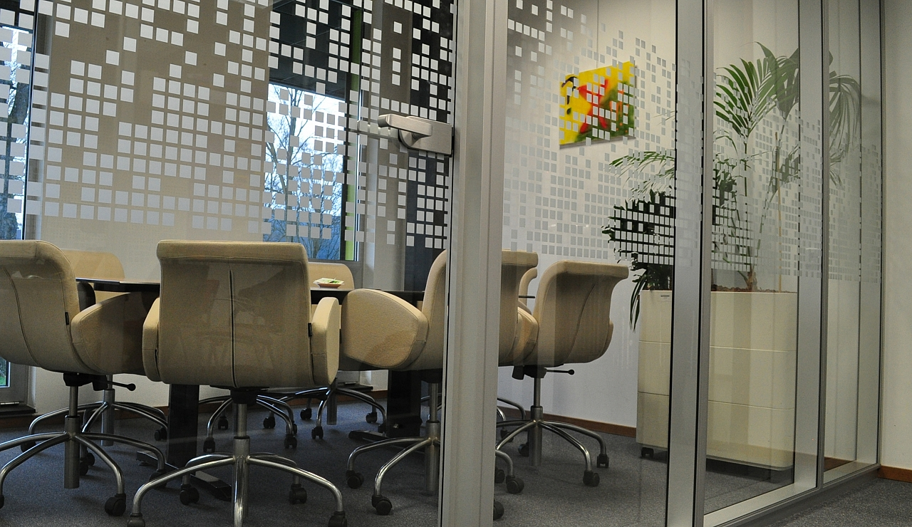 interieursigning glasfolie avans tilburg crystal glass patroon dusted frosted